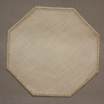 19cm Octagon Crochet Doilies - Cream 19cm / 7in