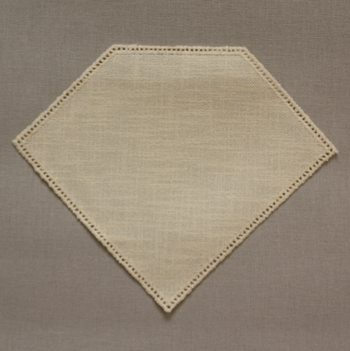 23cm Diamond Crochet Doilies Cream 23 x 19cm / 9 x 7.5in