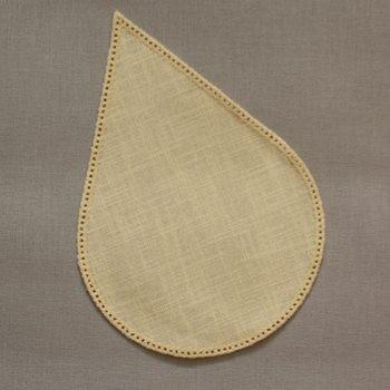 16cm Teardrop Crochet Doilies - White 16 x 24cm / 6.5 x 9.5in