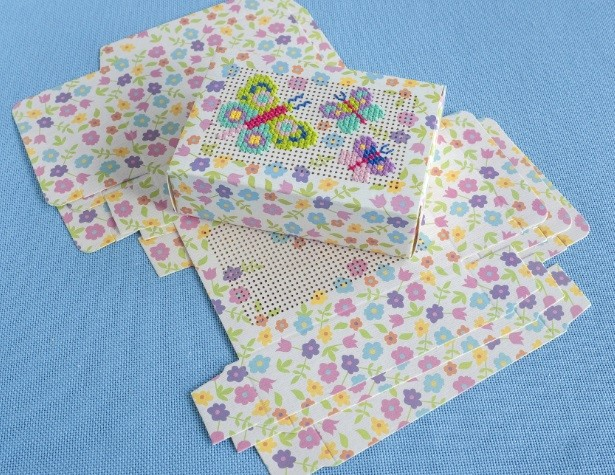 Stitchable Spring Gift Boxes