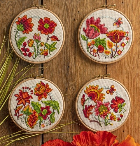 Cross Stitcher Project Pack - Flower Hoops XST347