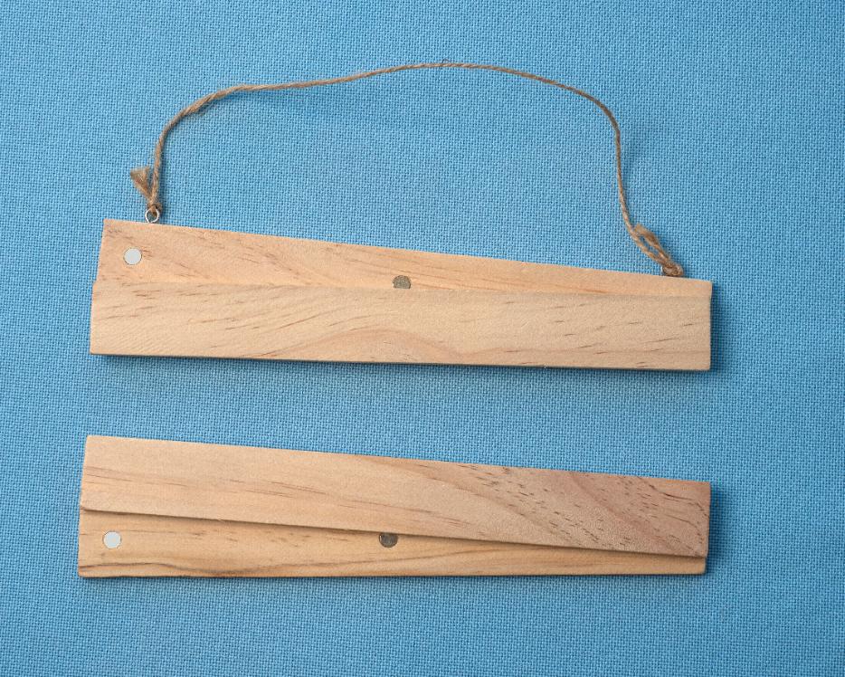 Magnetic Hanging Frame 13cm