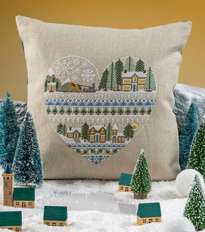 Cross Stitcher Project Pack - Heart Of Winter XST352