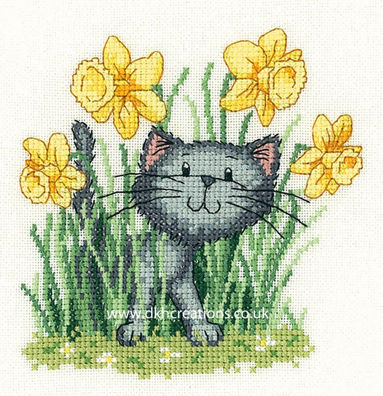 CRIS1257 - Heritage Cats Rule - It's Spring