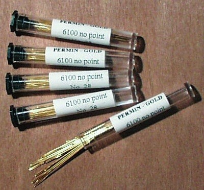 Permin  Tube of 20 x Size 28 Gold Plated Tapestry Needles
