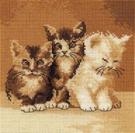 BK132 - Three Cute Cats Cross Stitch Kit
