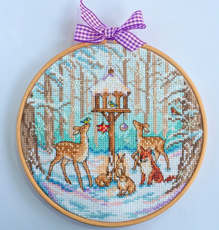 Cross Stitcher Project Pack - Winter Wonderland XST352