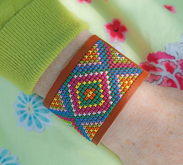 Stitchable Bracelet - Brown