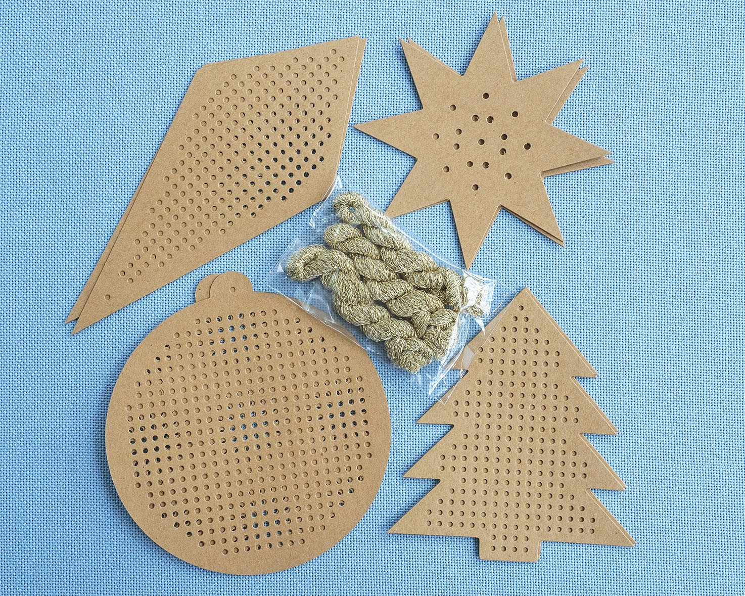 Stitchable Christmas Decorations Kraft - issue 325. Use discount code CHRISTMAS17