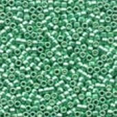 Magnifica Beads 10030 - Ice Green