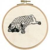 TB108 DMC Printed Embroidery Kit - Doug Dozing